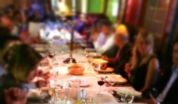 Krimi & Dinner in Rostock
